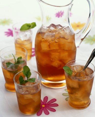 Маришка251,Ваш заказ.  Чай со льдом.  Корм дог с сыром.